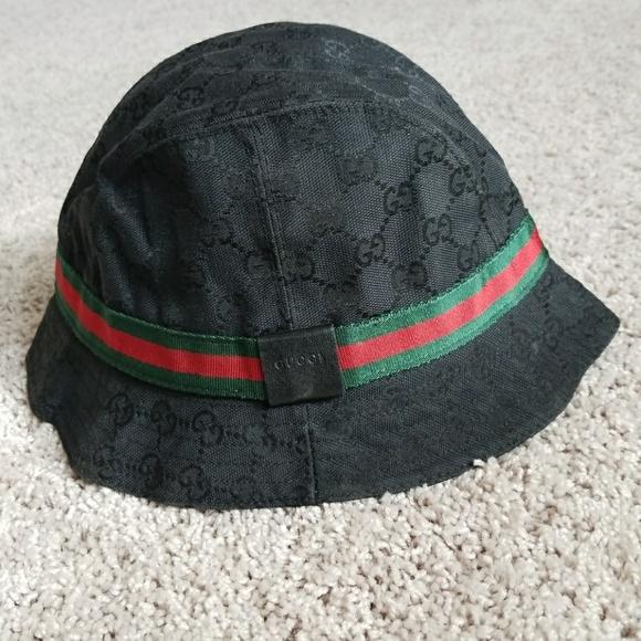 dde22dbac Authentic Gucci Monogram bucket hat.